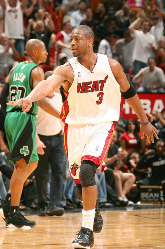 Dwyane Wade  signals  to the  bench   during  the game  played against the  Boston  Celtics.