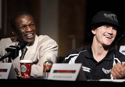 British fighter  Ricky  Hatton and  his  trainer   Floyd Mayweather Sr  take questions  from the  convened press.