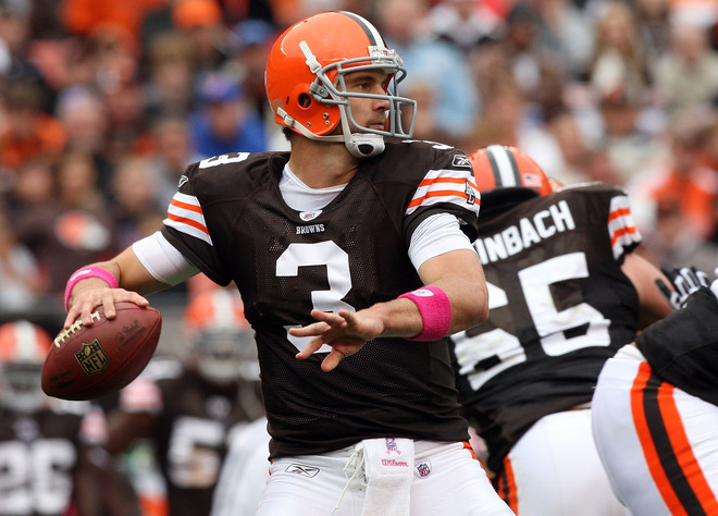 Browns'  quarterback  Derek  Anderson  attempts  a  pass in  the  game  played  against  the  Cincinnati  Bengals.   Brown  and  his  teammate  Brady  Quinn  ,  his   backup   have  proven  to  be  a  great   disappointment   for  the  franchise   at  the   position.    Each   have   yet to show the  promise  that  each  was  thought to  have  in  terms  of  leaderpship   and   productivity .      picture  appears   courtesy  of   getty  images/  Jim  McIsaac  ................................