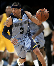 Iverson seen here playing  for the Memphis Grizzlies  in  an  NBA game   against the Los Angeles Lakers.  The player  asked to be  released   from  his contract with the  team  and  has   now  become  an unrestricted  free agent.  He had  hoped  to  sign  with the New York  Knicks.  But Knicks' general manager  , Donnie Walsh , didn't  see Iverson  as a  comfortable  fit  for the   team.  Much  to  the dismay of  the  Knicks' fans  who've  had very little  to cheer  about this season   from  a 2-9   team.   picture appears  courtesy  of   ap/phot/ Lori  Shepler  ...............
