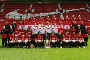 Manchester United  roster  along with their  coach  Sir  Alex Ferguson