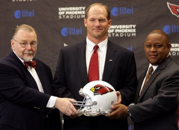From left to right , Arizona Cardinals' owner, Bill Bidwill, the team's coach, Ken Whisenhunt and  the General Manager,  Rod Graves.    picture  appears courtesy of  ap/photo/ Paul Talbot ................