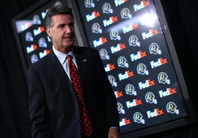 "Ashburn, Va,. January 4th 2010. Washington Redskins General Manager Bruce Allen leaves after holding a press conference on the dismissal of Head Coach Jim Zorn at Redskins Park January 4, 2010 in Ashburn, Virginia. During the press conference Allen said, ""Last place 2 years in a row is not Redskin football.""  picture appeara courtesy of  Getty Images/  Win McNamee  ......."