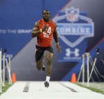 Clemson's C.J. Spiller runs the 40-yard dash at the NFL football scouting combine in Indianapolis, Sunday, Feb. 28, 2010.