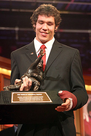 2008  Heisman  Trophy  winner   Sam  Bradford.   The   player is widely  expected  to be  taken   number   one  overall  in  the   upcoming  NFL  Draft.   The  team  with  the   first  pick  are  the  NFC's   St  Louis  Rams .    photo  appears   courtesy  of  Associated   Press/  Chris   Rogers  ...........