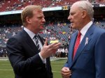 Bob McNair (right) owner of the Houston Texans seen here with NFL Commissioner Roger Goodell at the Texans' Reliant Energy Stadium , Houston , Texas. Reuters / Paul Duffy ......