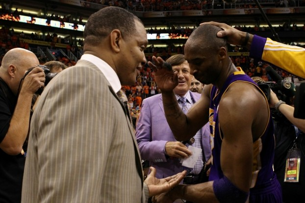 Head coach Alvin Gentry of the Phoenix Suns talks with Kobe Bryant (24) of the Los Angeles Lakers after the Lakers defeated the Suns 111-103 in Game Six of the Western Conference Finals during the 2010 NBA Playoffs at US Airways Center on May 29, 2010 in Phoenix, Arizona. The Lakers will face the Boston Celtics in the NBA Finals . Getty Images/ Ronald Martinez ....