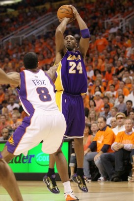 Kobe Bryant #24 of the Los Angeles Lakers takes a shot in the second quarter of Game Six of the Western Conference Finals against the Phoenix Suns during the 2010 NBA Playoffs at US Airways Center on May 29, 2010 in Phoenix, Arizona. Photo by Ronald Martinez/Getty Images