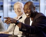Dallas Cowboy's owner Jerry Jones, left, laughs as wide receiver Terrell Owens answers a question at the news conference announcing his signing of a new three year, $27 million contract extension, Tuesday, June 3, 2008, in Irving, Texas. The extension brings the overall length and value of the contract to four years and $34 million. AP Photo/Mike Stone.........