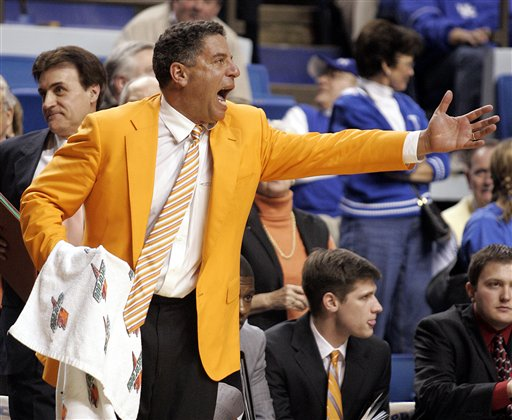 Tennessee Volunteers men's basketball coach Bruce Pearl prowls the sidelines being demonstrative during a college basketball game. Getty Images / Tim Marckus