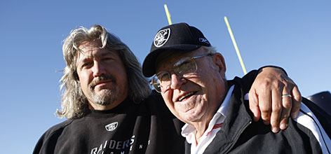 Rob Ryan (left) twin brother of Rex is seen here with his father Buddy Ryan . Rob currently serves as the defensive coordinator of the Cleveland Browns . courtesy of USA Today / Jack Gruber .......
