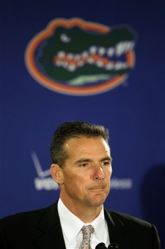 Florida head football coach Urban Meyer announces his resignation during a news conference in Gainesville, Fla., Wednesday, Dec. 8, 2010. AP Photo/John Raoux .......