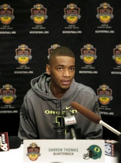 Oregon quarterback Darron Thomas speaks during an NCAA college football news conference, Thursday, Jan. 6, 2011, in Scottsdale, Ariz. Oregon is scheduled to play Auburn in the BCS Championship on Monday, Jan. 10, in Glendale, Ariz. AP Photo/Matt York ....